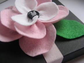 All About the Packaging: Flower Gift Box Band